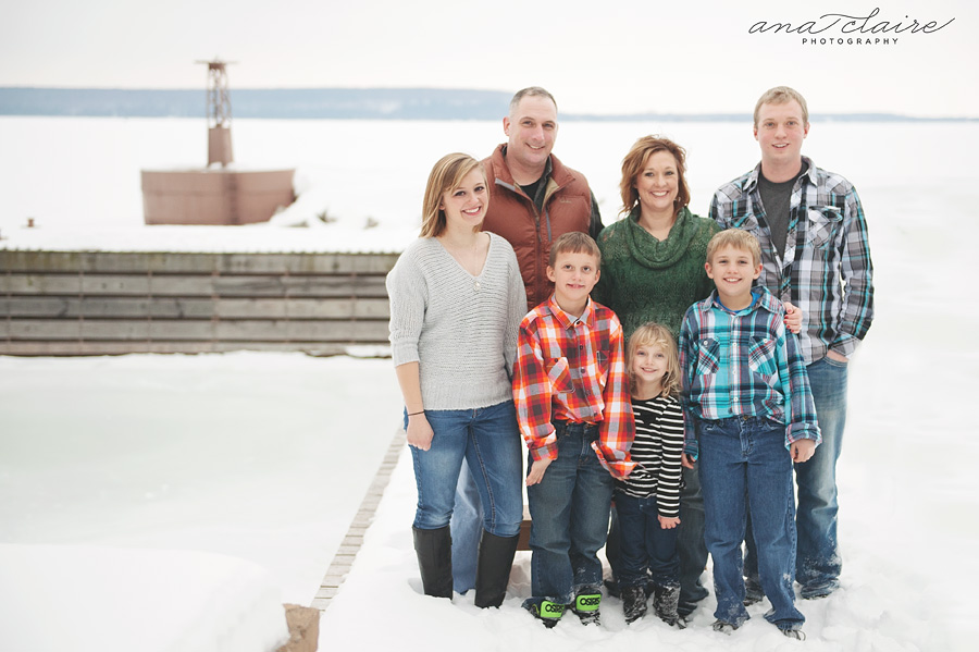 Natural light family photographer, door county family photographer, sturgeon bay photographer